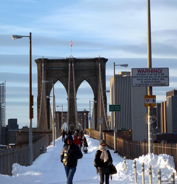 pont-de-brooklyn-bridge-new-york-neige-hiver-02