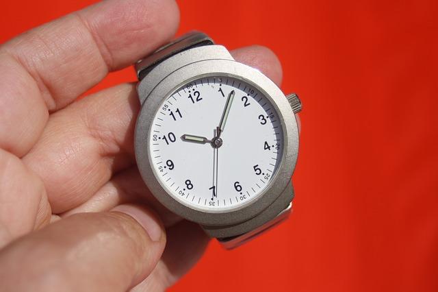 changement heure, horloge-impact