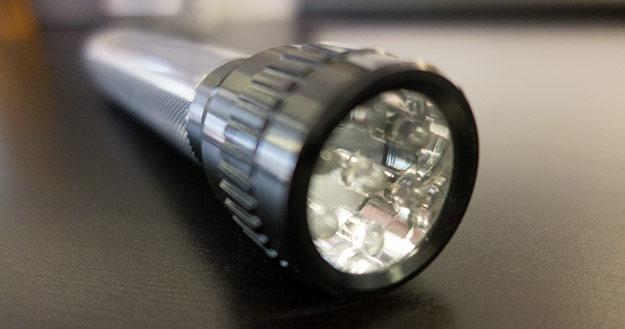 lampe solaire nettoyante