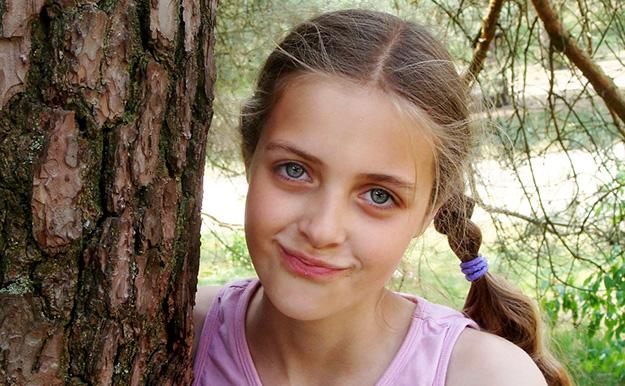 estime de soi, jeune fille, arbre