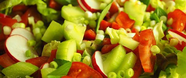 salade-radis-concombre-tomates