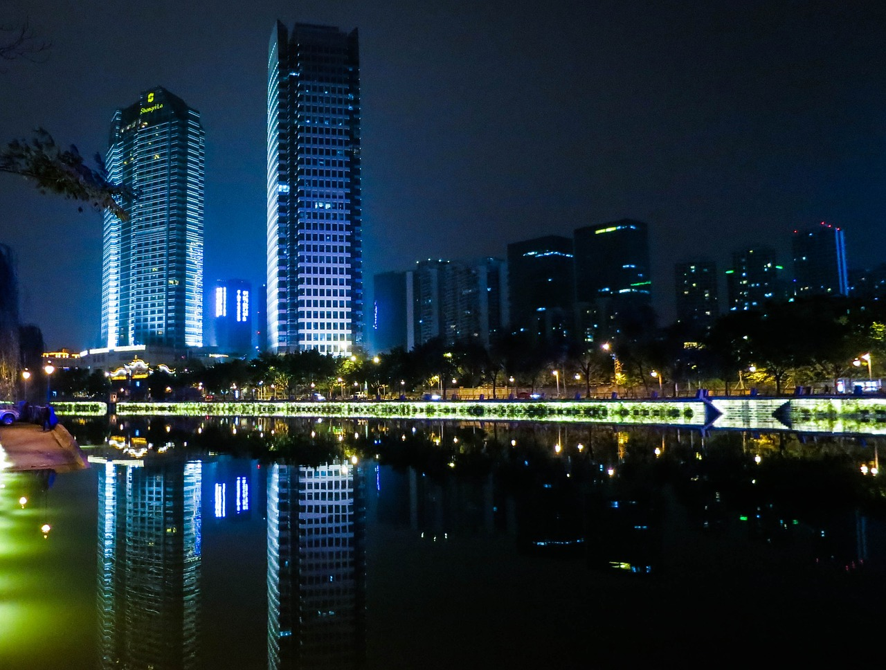 Chengdu, la ville lumière sortie de nulle part