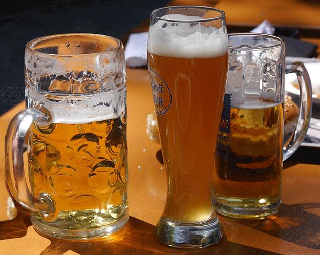 biere-alcool-boisson-verre-moustique