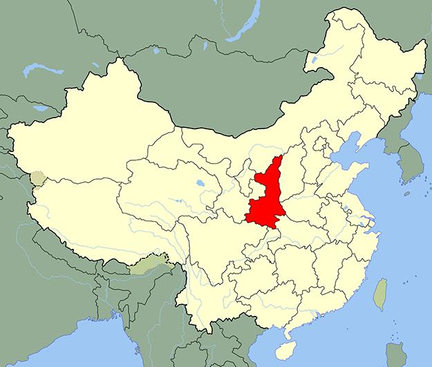 chine-grotte-qinling-shaanxi-panda