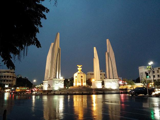 thailande-capitale-bangkok-inondation-coule-eau