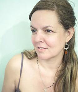 Marcia de Carvalho, chaussettes orpheines