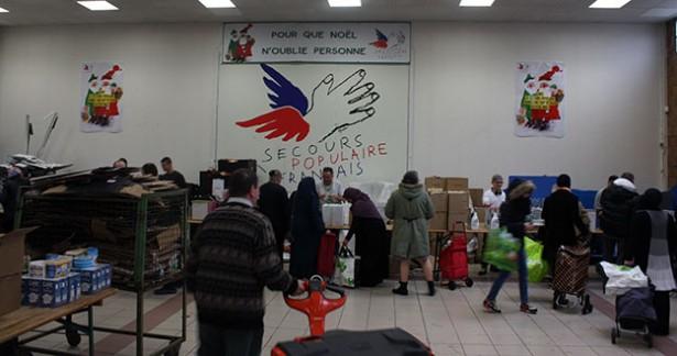 secours populaire, père Noël, Noël solidaire