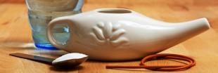 Rhume des foins, sinusite, maux de tête ? Essayez la méthode Jala Neti