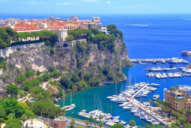 Monaco a reçu 329000 touristes en 2014