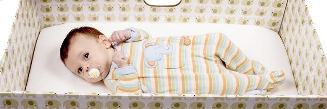 'Baby Box' : une boîte en carton pour diminuer la mortalité infantile ?
