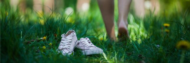 Restez en forme: marchez pieds nus!