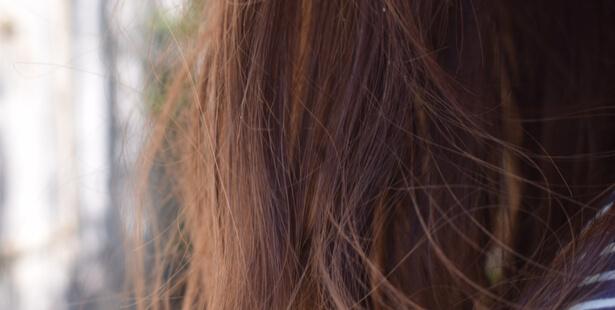 cheveux cassants