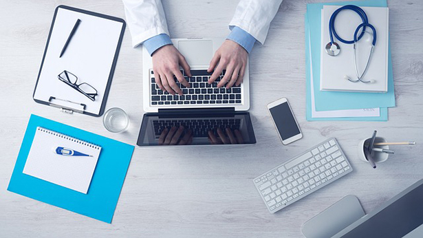 santé ordinateur numérique