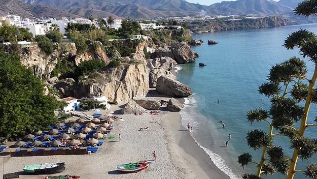 voyager hors saison destinations Espagne Andalousie Nerja