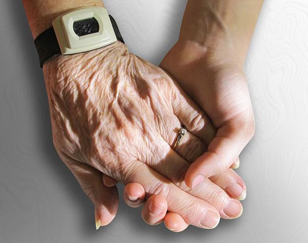 aide à domicile, autonomie, personnes âgées