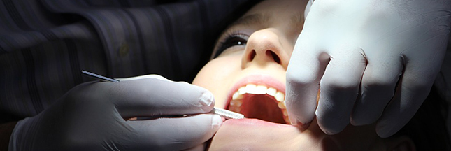 Pour la Cour des comptes, les soins dentaires sont trop chers et mal remboursés