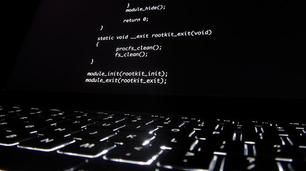 blockchain, hacker, cyber attaque