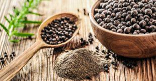 Le poivre noir : un petit fruit au charme piquant