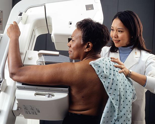cancer du sein, dépistage, mammographie, femmes
