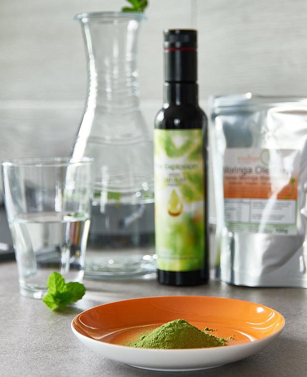 moringa oleifera, gélules, sachet de poudre, huile, graines
