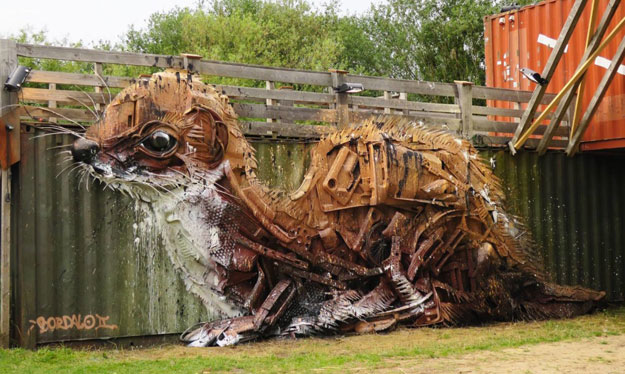 pollution-street-art-bordalo-7