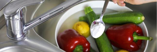Le bicarbonate de soude: un savon naturel pour vos fruits et légumes