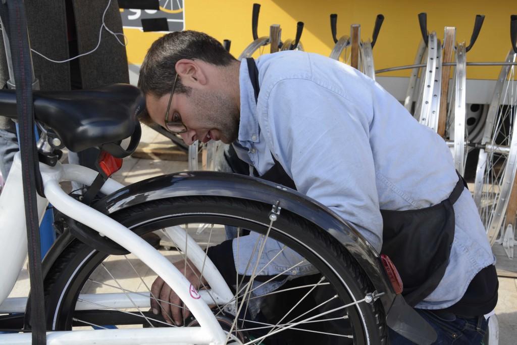 Le Triporteur, réparation de vélo, commerce itinérant