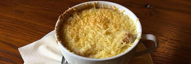 Recette traditionnelle: soupe gratinée à l'oignon