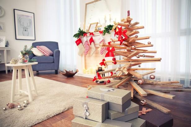 arbre de Noël, tasseaux, cagettes, bois