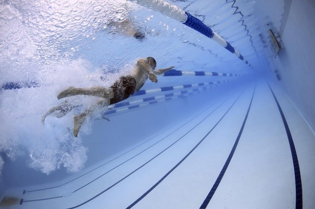 vills sportives, piscine, nageurs