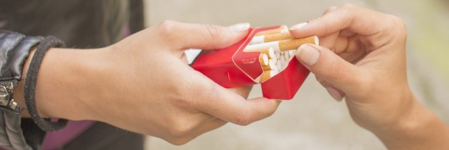 Tabac: le paquet neutre devient obligatoire