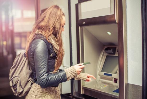 1er février, banque