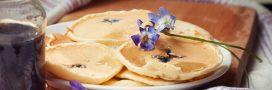 Fêtez la Chandeleur avec des crêpes végans aux fleurs