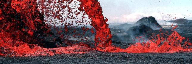 volcans éruptions lave
