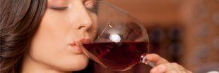 Même à petites doses, boire de l'alcool reste dangereux