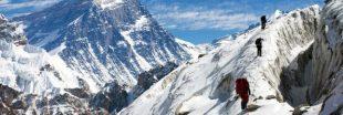 Des Français partent en expédition pour nettoyer l'Everest et descendent 5 tonnes de déchets