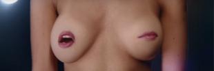 Des seins chantent pour sensibiliser au cancer du sein