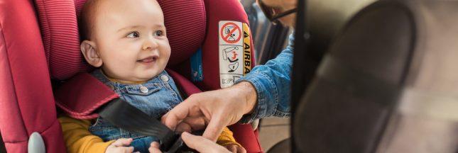 Pollution: les enfants en danger à l'intérieur des voitures