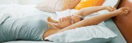 Insomnie: 6 positions de yoga pour stimuler le sommeil
