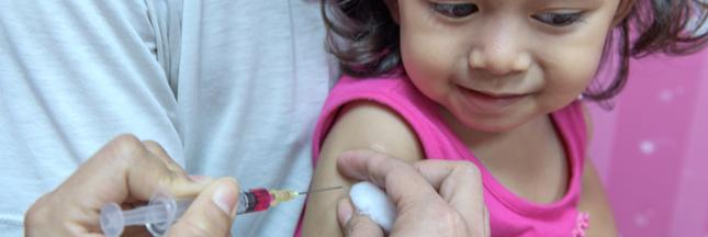 Vaccins obligatoires: savez-vous ce que risquent les parents en cas de refus?