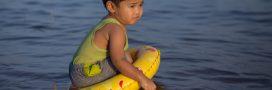Les bouées pour enfants: utiles ou dangereuses?