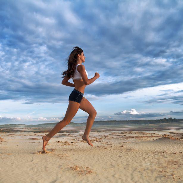 courir pieds nus