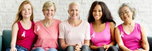 Boobspower, Tour Eiffel rose, écharpe de 50 mètres : tout est bon contre le cancer du sein