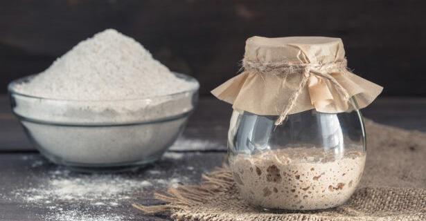faire du pain au levain