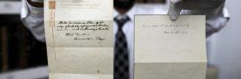 Des écrits d'Einstein font surface grâce à un coursier japonais!