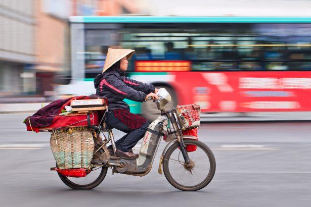 Ross Douglas, mobilité en Chine