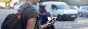 À Honolulu, consulter son smartphone ou marcher, il faut choisir !