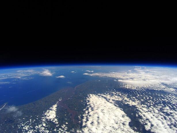 Terre vue espace