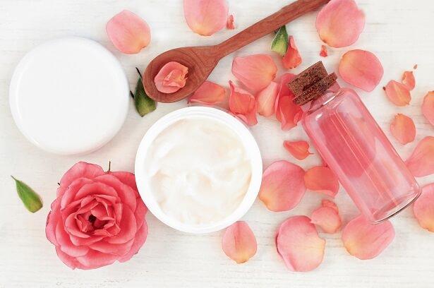 crême beauté naturelle rose, conserver cosmétiques maison