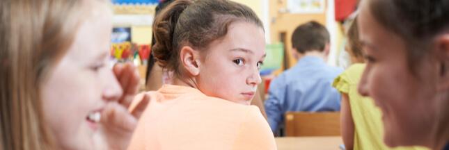 Harcèlement scolaire : comment le détecter pour en parler avec son enfant